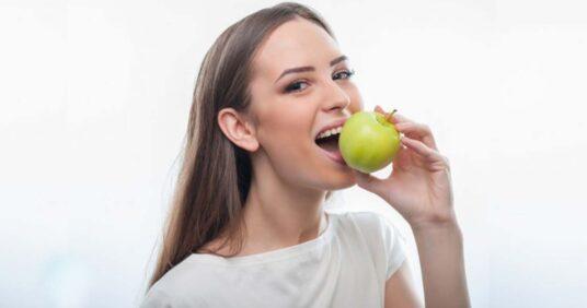 ¿Manzana o cepillo de dientes?